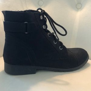 Steve Madden Ankle Boot with Laces